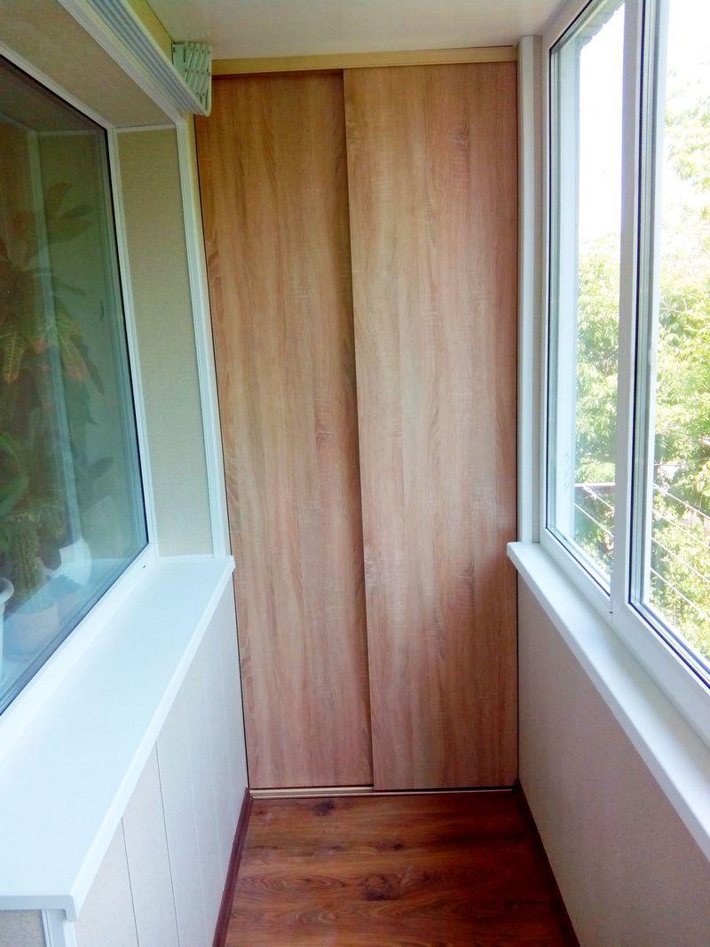 Удобная мебель на балкон во владивостоке.